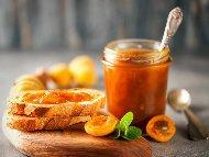 Рецепта Сладко от зрели джанки с лимонена киселина в бурканчета (зимнина)